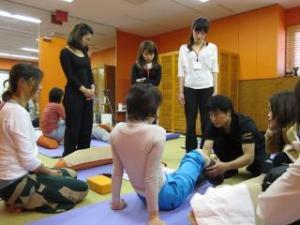 体のしくみを学ぶ・・・ヨガ解剖学の講義①